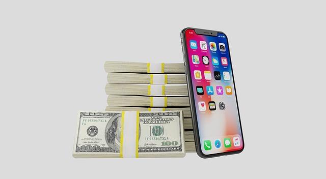 iphone u peněz.jpg